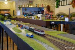 Manipualční vlak zachycen při obsluze nákladiště Uhřetice. Na výkon nasazena netlumená Berta 751.088.