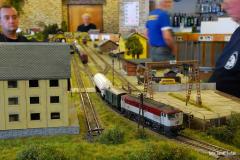 Zamračená 751.088 obsluhuje stanici Kadaň.