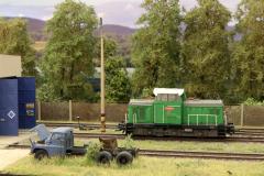 Pro posun na vlečce slouží Rosnička 710.546.Skutečná lokomotiva je na vlečce agra v Dašicích,která je stále provozní.