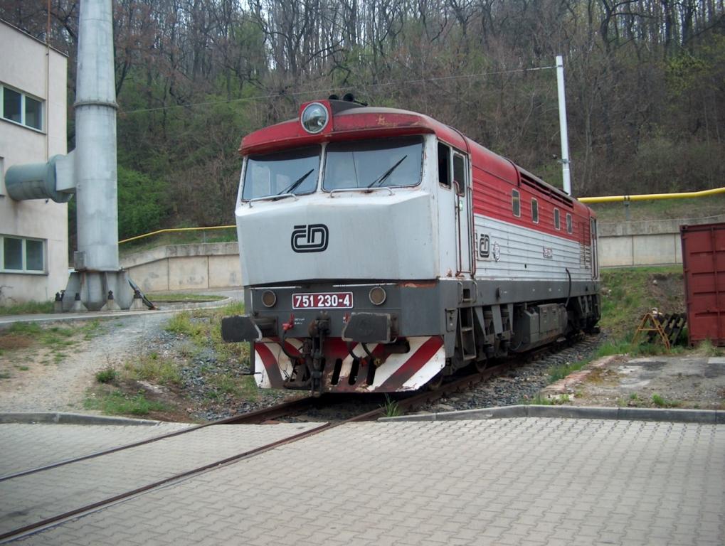 751.230 Praha vršovice 17.4.2004