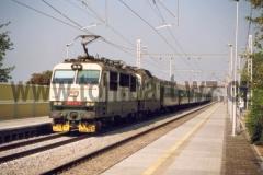 150 012 + 150 016 v traťovém úseku Choceň - Pardubice s R707 dne 27.5.2000