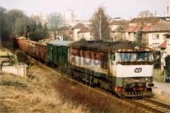 751 040-7 při odjezdu z Chrudimě. 5.2.2001 foto Petr Zitko